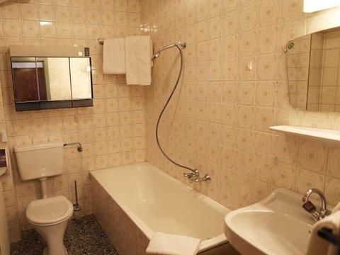 appartement badezimmer gasthof madseiterhof hintertux