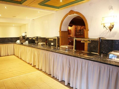 buffet gasthof madseiterhof hintertux