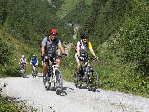 gefuehrte biketour zillertal