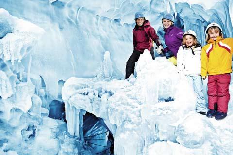 Eispalast im Hintertuxer Gletscher